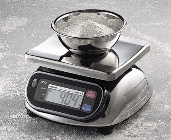A&D Bench Scale Waterproof Stainless SK-5001WP Weighing Example